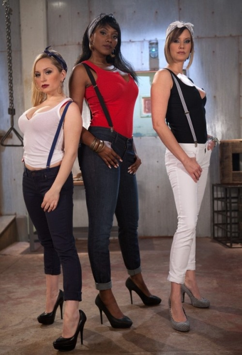 AnnaBelle Lee, Nyomi Banxx and Maitresse Madeline. More beauties: www.nomalez.tumblr.com/tagged/girls