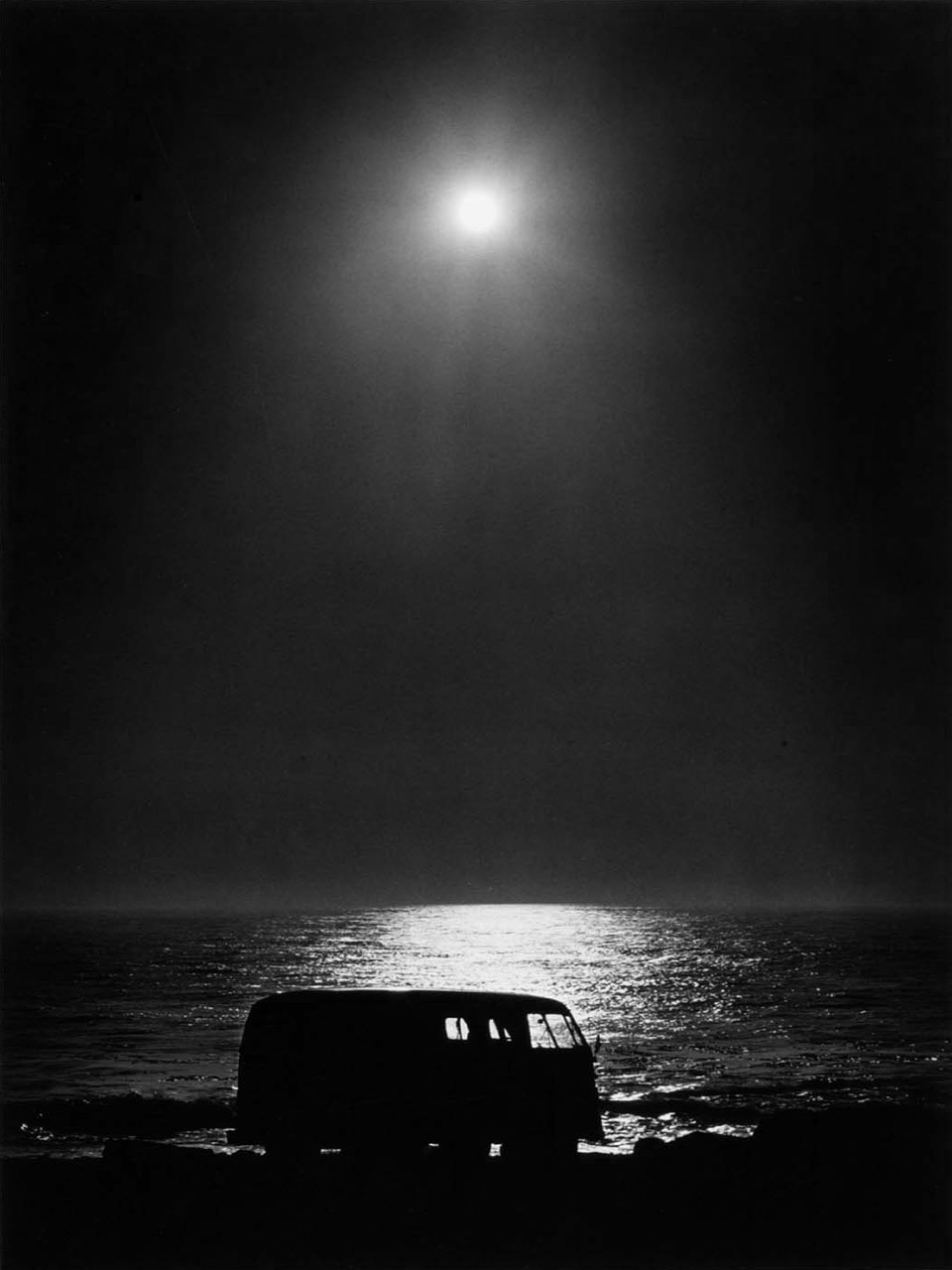 luzfosca:  Paul Herzoff The End of the Continent, 1971  A moon filled night, the ocean, a VW bus, and of course that certain someone to share it with… PERFECT!