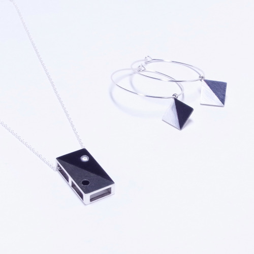 atelierakatsukialternative: piereced earrings & pendant top: silver, SHAKUDO, Cz 2013.5.14 - 5.20 I am having the small corner for my jewellery at 9F near escalator - SOGO, Chiba Branch.  5月13日 ~ 20日 そごう千葉店 9F特設会場 〈滝の広場〉にて出展いたします