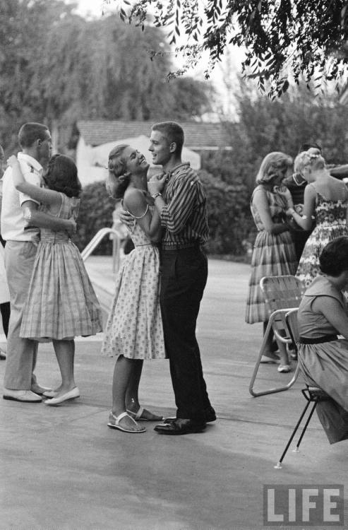 theniftyfifties:  Couples dancing in Van Nuys, California, 1959. Photo by Yale Joel for Life magazine.