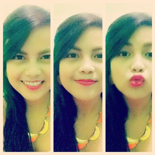Tambok-tamboker-tambokest. :)) #vanity #3way #bored #igers #instapic #instafun #instadaily (at Ale-bie's Haven)