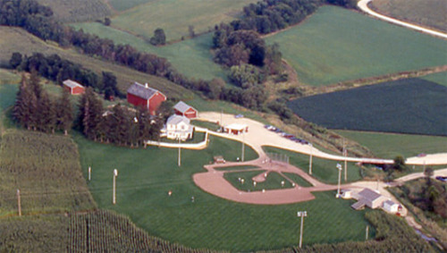 mothernaturenetwork:    'Field of Dreams' to become youth sports facility     193-acre farm made famous by the 1989 baseball film will become a sprawling complex built specifically for youth sports.