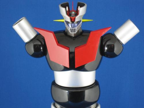 RARE SELF-PROMOTION: I reviewed the DX Soul of Chogokin Mazinger Z over at ANN. It's beautiful, dear to me, and mine is broken. Please enjoy the story of my time with Mazinger That's Got No Lower Arms.