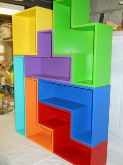 mahlibombing:  Tetris Shelves DIY instructions by Hicks Custom Furniture Available to order for £180 from Folksy (via: ThinkGeek)
