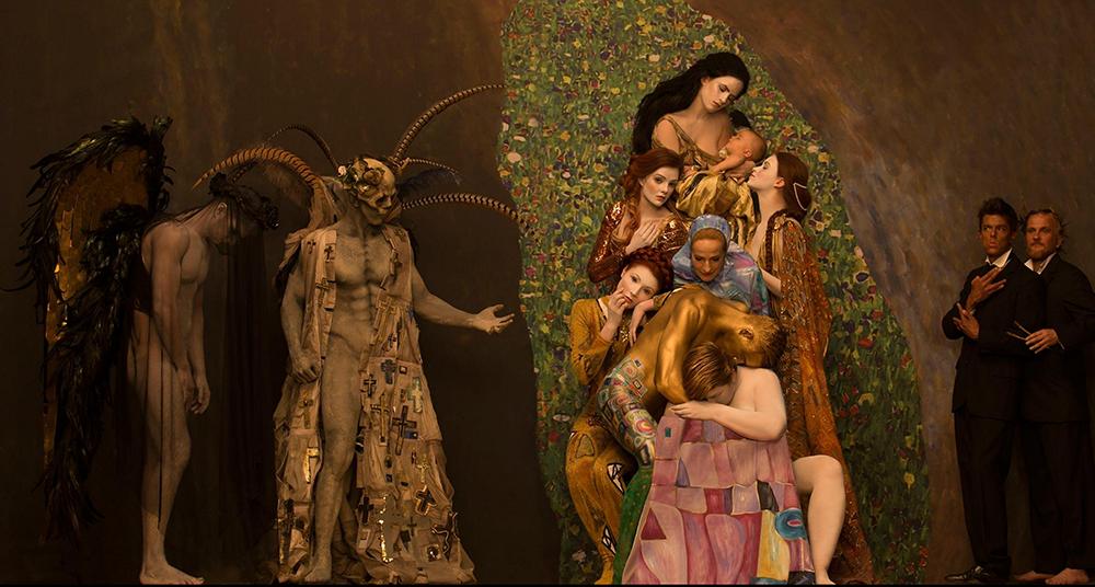 Gustav Klimt traído a la vida por fotógrafa Inge Prader