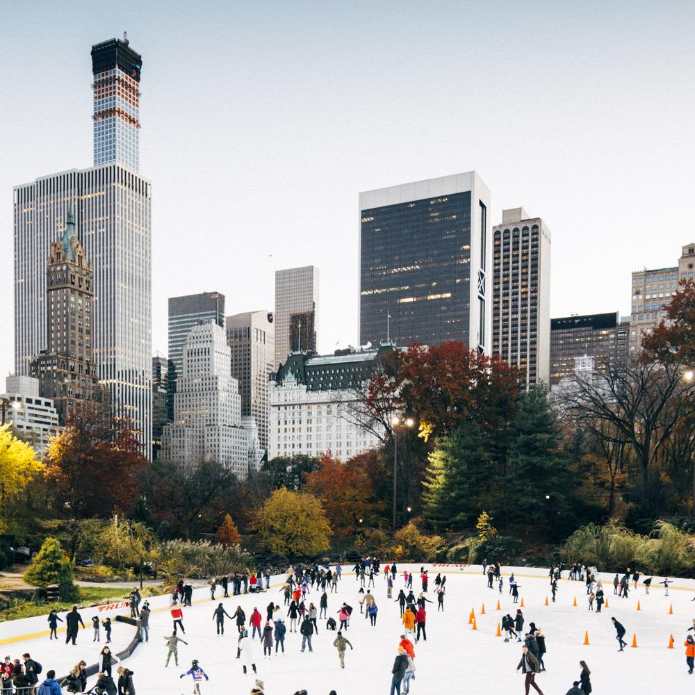 nycexplorer: Катание на коньках в Центральном парке