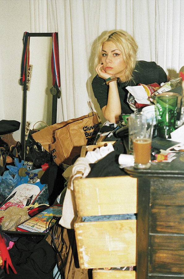 uuglyontheinside:  dontreallyknowwhy:  Garbage Girls is a project of the photographer Maya Fuhr for Vice that shows messy girls in their messy bedrooms.    Me.