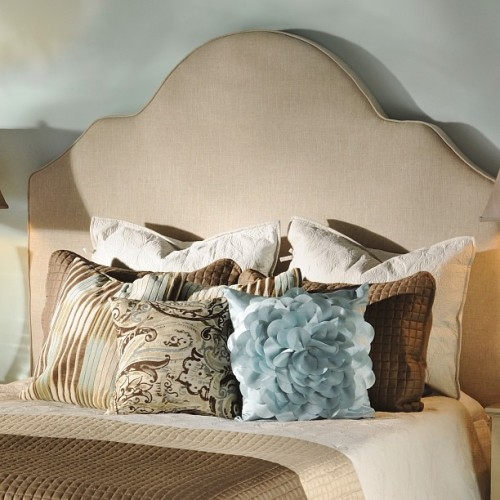 Unwind and relax this weekend in your dream room! The Elle Headboard is the perfect touch to any room and right now it's $100 off until Sunday!