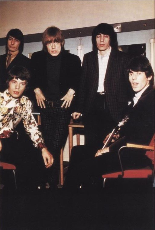 CHARLIE WATTS, MICK JAGGER, BRIAN JONES, BILL WYMAN et KEITH RICHARDS