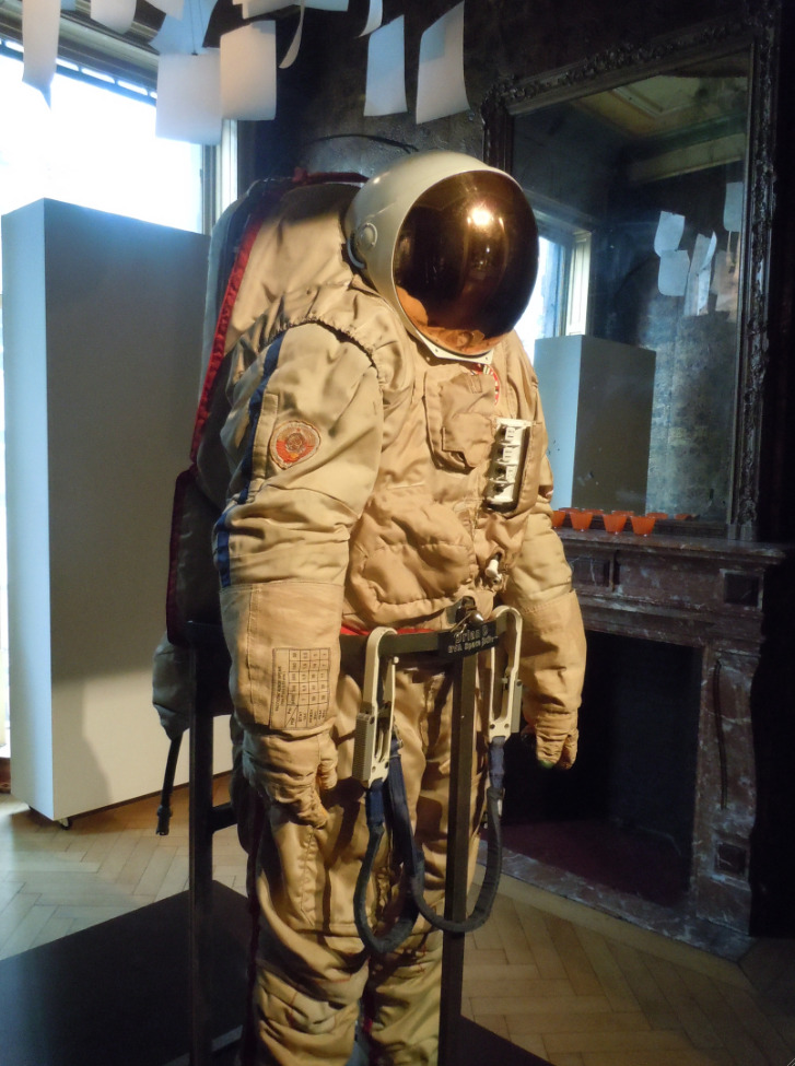 First encounter of the spacesuit kind. Russian Space Suit on Sale.