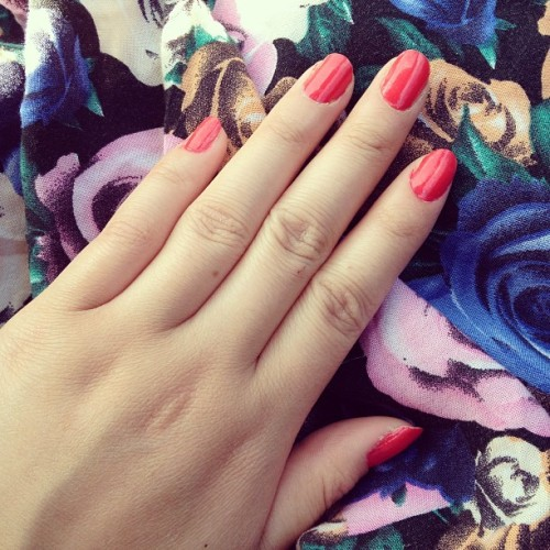 Painted my nails red orange for spring 💅💗☀#nails#painted#pretty#flowers#spring#yay#:)