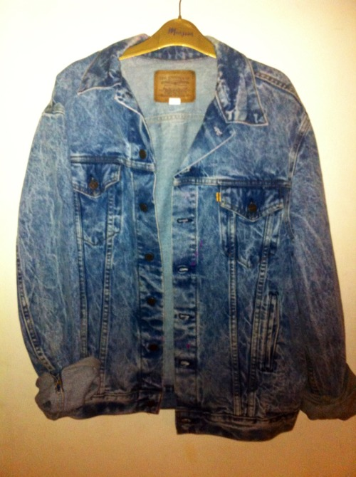 monnroe:  Vintage denim jacket now on sale! http://psychvintage.bigcartel.com/product/vintage-levi-denim-jacket shipping now also available to : America          Spain            Italy UK                 Belgium         France