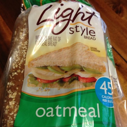 #pepperidgefarm light oatmeal bread. 2 slices = 2pts. #weightwatchers