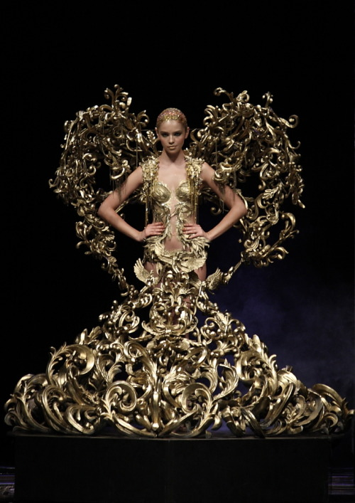Tex Saverio Jakarta fashion week fashion runway midas collection
