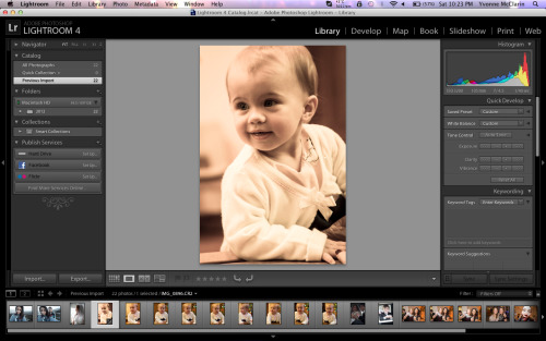 Working on some photos from my aunts wedding, its't she precious >_<