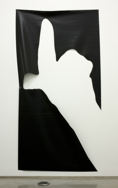 Davis Rhodes Untitled (blackhand), 2009 spray paint on vinyl, 243,8 x 121,9 cm