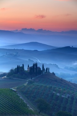 wolverxne:  Val D'Orcia Dawn by James Appleton on 500px