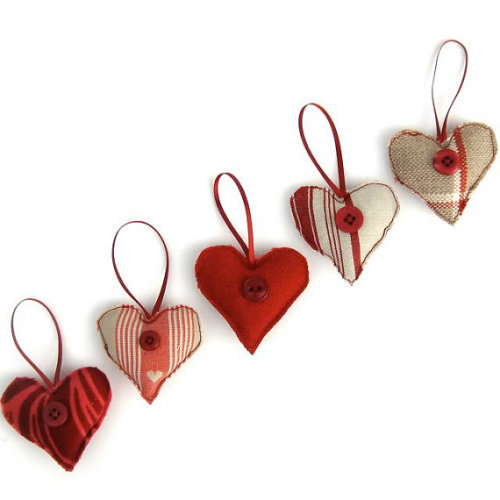 Valentines Heart Decorations Set Of Five Red by freespiritdesigns2