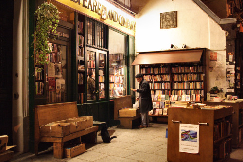 o-delaisse:  Shakespeare and Company.