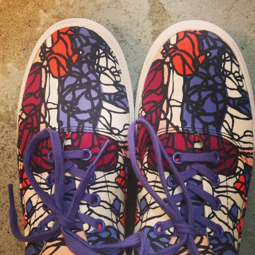 @jaysonatienza  #BucketFeet at Treasure & Bond love these Art Start #shoes designed by #jaysonatienza #NYC #Charity #Fashion  (at treasure&bond)