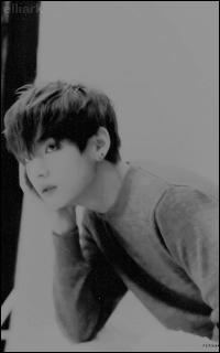 Kim Tae Hyung - V (BTS) Tumblr_niqjigcNXb1txa1lko3_250