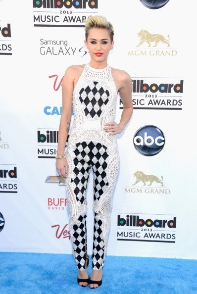 Just dying Miley Cyrus in an incredible Balmain at the 2013 Billboard Awards.  -xoxo The Gay Dyslexic Blogger