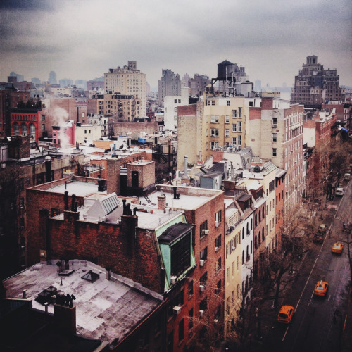 davidurbanke:  Back in NYC just in time for fashion week and enjoying the snow.  Snowless winter for me.