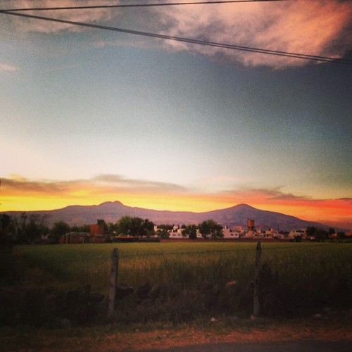 #cerro #paisaje #naturaleza #campo #atardecer #atractivo #lateafternoon #sky #clouds #nubes #mexico #morelia #michoacan #cielo #color #beautiful