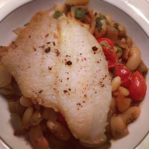 Pan fried flounder over a ragout of canellini beans, tomato, onions, garlic, basil. #food #igersfood #igersmaine #fish