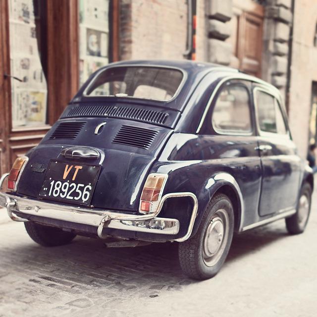 | ♕ | FIAT 500 in Urbino, Italy | by © marco