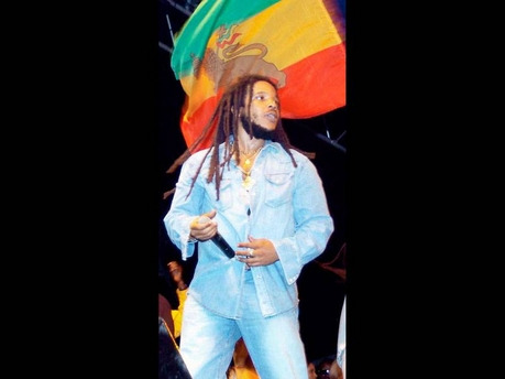 """Marley's Music Uprising"" to Discover Talent Inspired by Bob Marley (Subscribe to our blogs HERE & HERE) Marley's Beverage Company, in partnership with Sonicbids has launched ""Marley's Music Uprising,"" a contest to discover the next great sound inspired by reggae and influenced by the legendary Bob Marley. The event, led by singer/producer Stephen Marley, was launched on May 1 and will continue until May 15. Members of the Marley family, including Cedella Marley and Ky-Mani Marley, will select 25 artistes or bands from all submissions to be featured on marley.sonichub.com. About the contest, Stephen Marley explains: ""Our father's music inspires people around the world. With 'Uprising,' we carry on his spirit to support creativity and give voice to a new generation of artistes who are following in his footsteps."" From May 1 to 15, artists will submit original music via marley.sonichub.com to win a series of prizes, including digital downloads, live performances at major summer festivals, and the ultimate prize, a recording session at the legendary Tuff Gong Studio in Kingston, Jamaica, and a track produced by Stephen Marley. Fans across the country will vote throughout the summer to select the top three bands to advance to the final round and perform live at one of three major music festivals - Sierra Nevada (Mendocino, California), Gathering of the Vibes (Bridgeport, Connecticut) and Caribbean Fever (New York City, New York). The live performances will be captured on video and featured on the website where fans will elect a winning act for the Tuff Gong recording session."