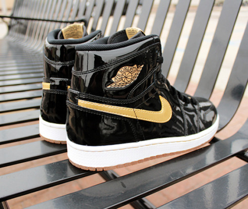 NIKE AIR JORGAN - OG HIGH PATENT LEATHER