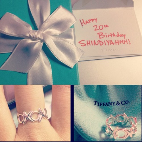 Second blue box! Thanks @ryanarrrr! 😘💍#tiffanyandco