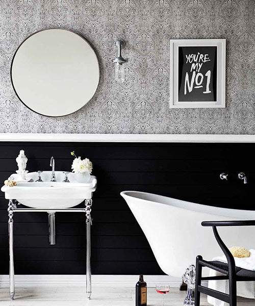 stylish monochromatic bathroom (via Real Living | The Minimalist)