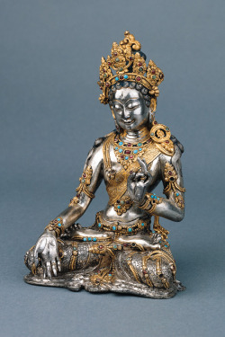 kelledia:  Gold and silver Tara.