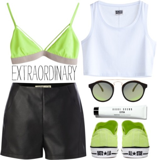 whattwowear:   Extraordinary by tania-maria featuring short shorts