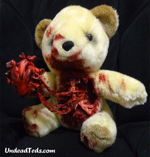 undeadteds:  This Valentine UndeadTed has torn his own heart out and wants you to have it. How sweet. £59. Shipping is free in the UK. [LINK] SOLD  Holy crap, I want this really bad