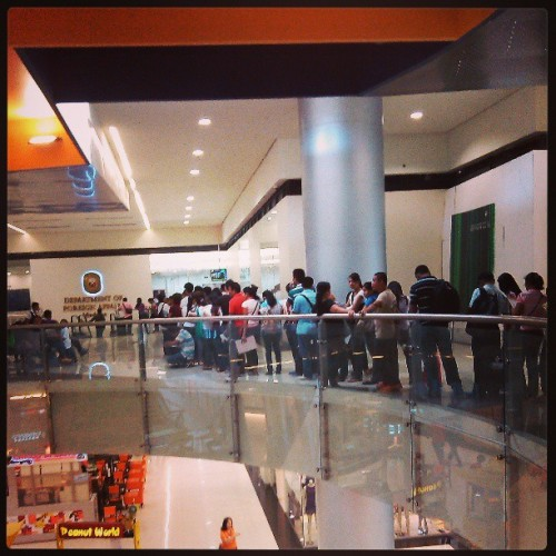 Kadami ng tao! Hahaha #office #queue #government #philippines #passport (at Department Of Foreign Affairs (DFA Davao))