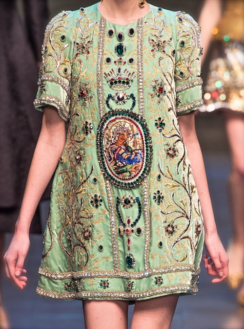 monsieurwintour:  chiffonandribbons:  Dolce & Gabbana F/W 2013  Baroque to a new level