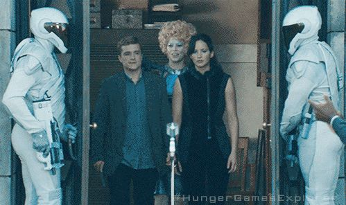 New CATCHING FIRE trailer teaser images!