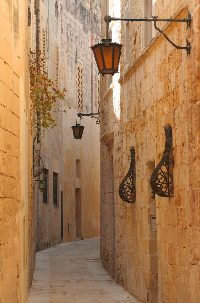 "allthingseurope:  Mdina, Malta (by foxypar4)  Reminds me ""Heart Vacancy"" of The Wanted"