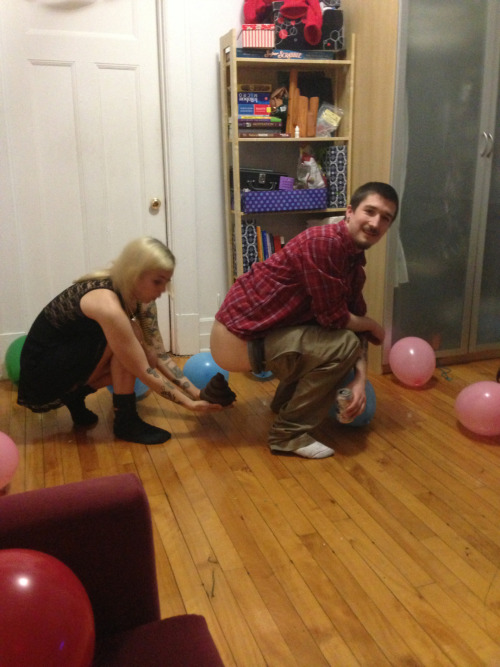 milkhertears:  Hahahaaaaaaa  this is what love looks like. best birthday party ever.