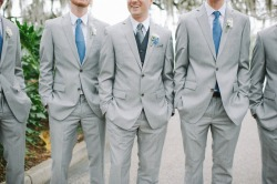maninpink:  Dapper in grey