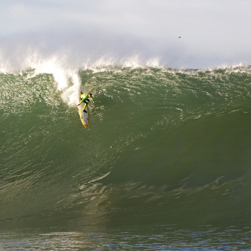 The Mavericks Invitational went down yesterday, and our favorite thrill-seeker Mark Healey  was out for blood. Dropping into the Left of the Day during his first heat, Mark charged through to the finals and ended up taking home a 5th place finish. Congrats bud!  pc- Jason Murray