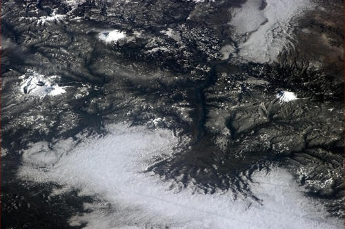 Three snow-capped mountains in the US Northwest - can you name them?