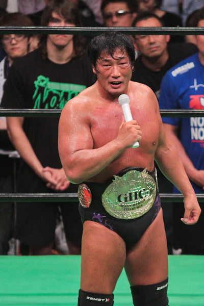 [Kenta Kobashi Update] It is being reported on Japanese news sites that Kobashi had underwent an examination on his neck following his retirement match on May 11th and the test results have come back that there were no problems found.Kobashi was reported to have had pains in his neck following his last match and he went to the hospital that night. Though it seems Kobashi can now rest easy knowing that he is healthy, and there was mention that he plans to take his wife on their much needed honeymoon.Kobashi had just recently underwent surgery last year in July and the recuperation time from that surgery is what kept him from being able to make his original plans to retire in February of this year.This is good news for Kobashi and I personally hope all the best to Kobashi and his future plans.