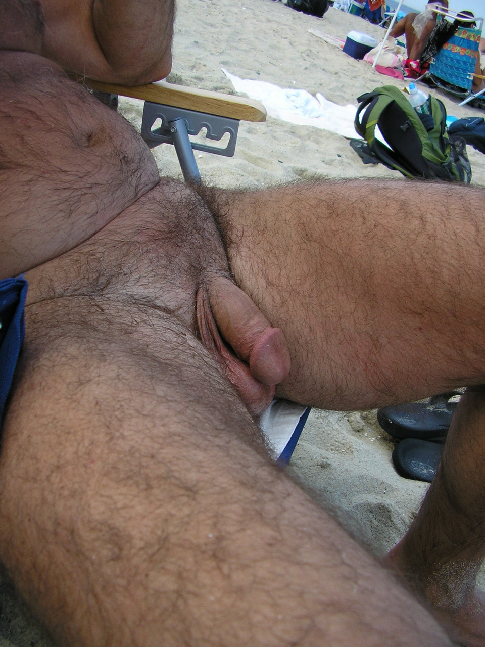 Originally from http://hairyones4u.tumblr.com/post/47839485866.