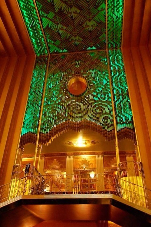 theater Oakland architecture