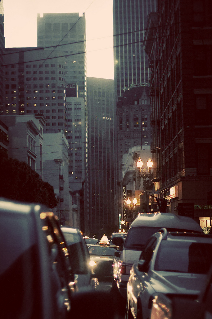 travelingcolors:  Early morning in San Francisco | California (by whitneybee)