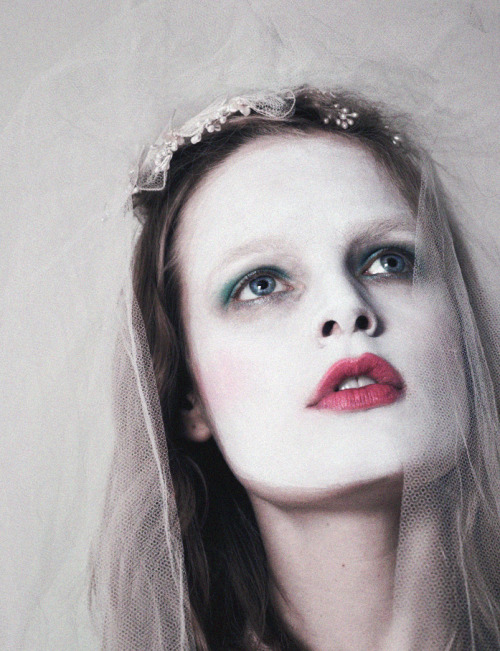 deprincessed:  Hanne Gaby Odiele plays dress up, shot by Sofia Sanchez & Mauro Mongiello